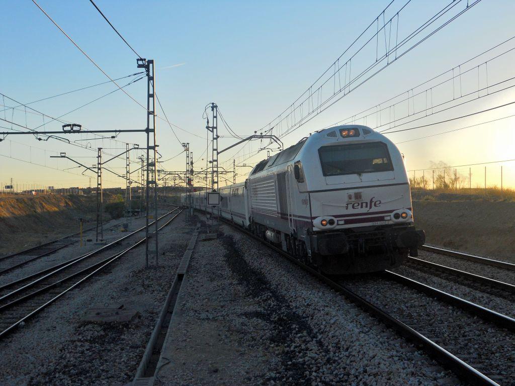 Línea Madrid-Alcázar de San Juan-Manzanares-Córdoba-Sevilla-Cádiz DSCN5598