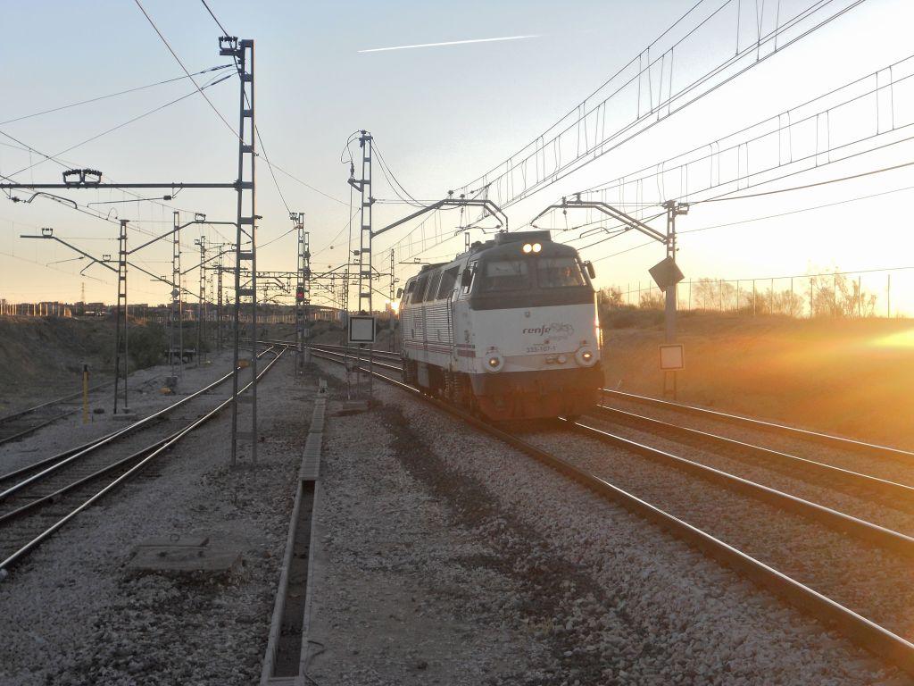 Línea Madrid-Alcázar de San Juan-Manzanares-Córdoba-Sevilla-Cádiz DSCN5602