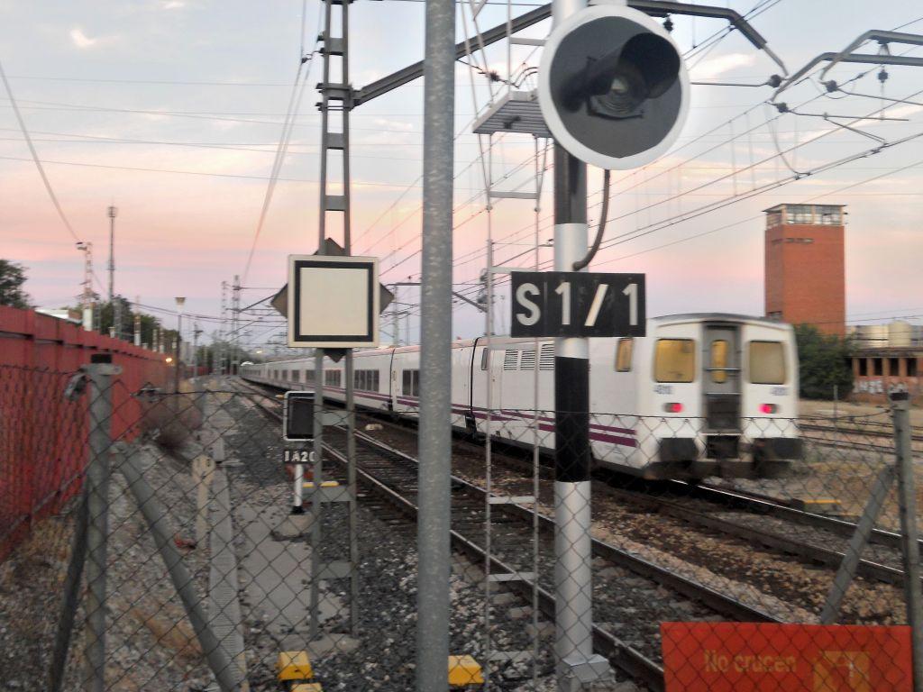 Línea Madrid-Alcázar de San Juan-Manzanares-Córdoba-Sevilla-Cádiz DSCN5606