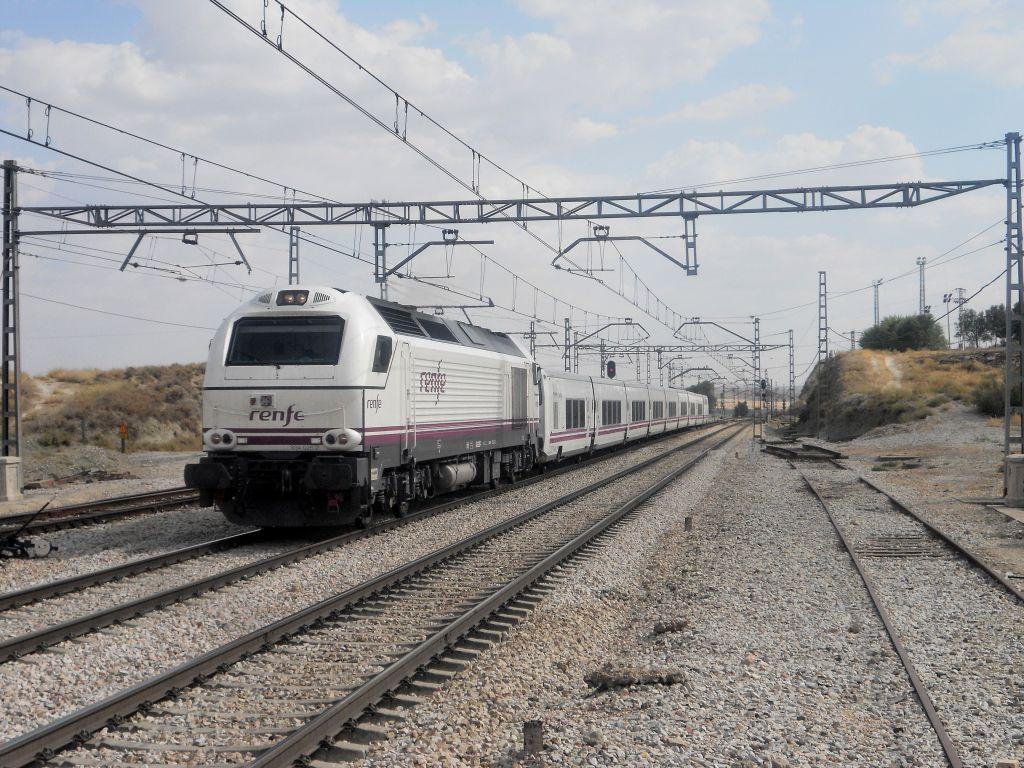 Línea Madrid-Alcázar de San Juan-Manzanares-Córdoba-Sevilla-Cádiz DSCN5787
