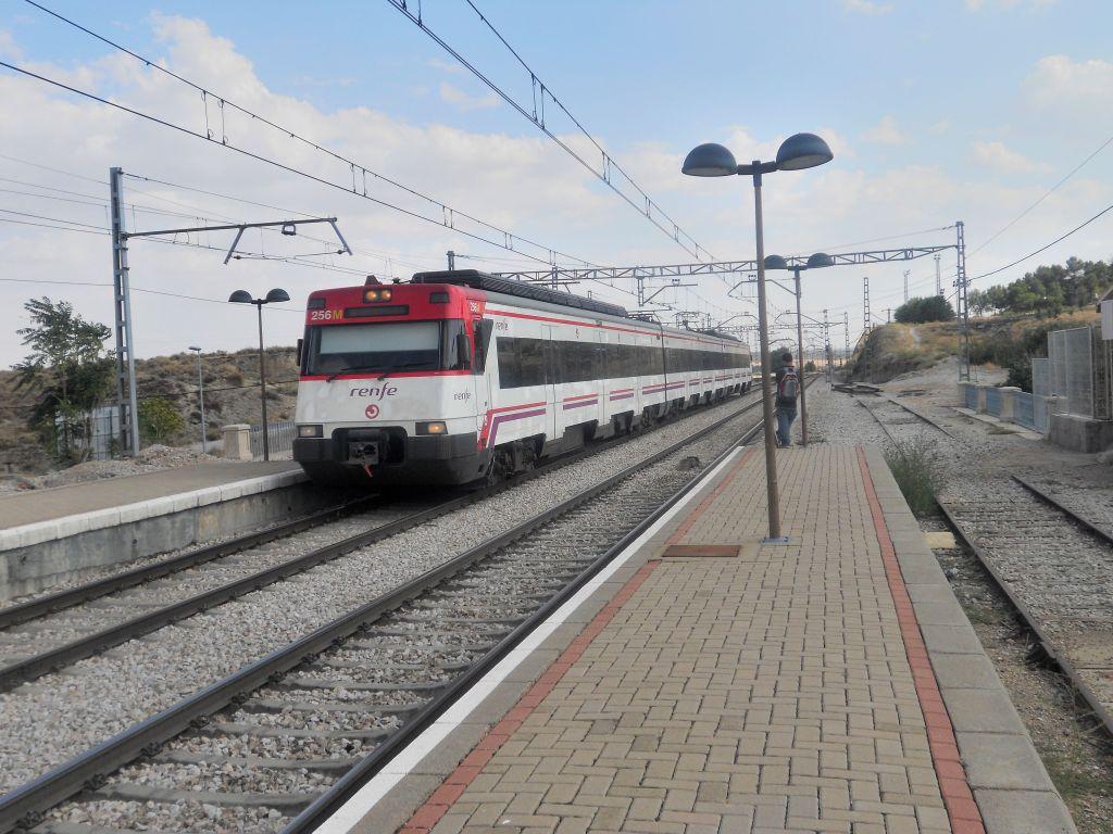 Línea Madrid-Alcázar de San Juan-Manzanares-Córdoba-Sevilla-Cádiz DSCN5792