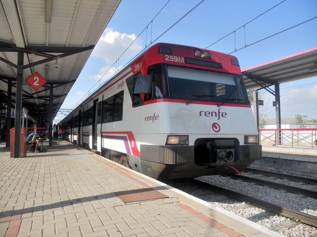 Línea Madrid-Alcázar de San Juan-Manzanares-Córdoba-Sevilla-Cádiz DSCN5796