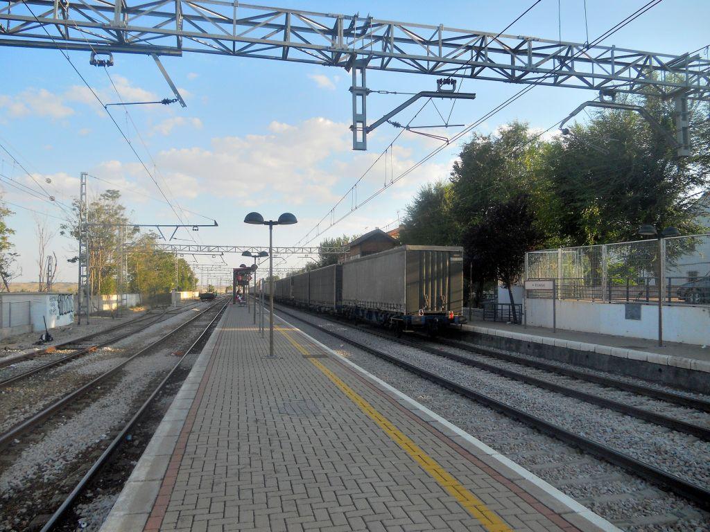Línea Madrid-Alcázar de San Juan-Manzanares-Córdoba-Sevilla-Cádiz DSCN5814