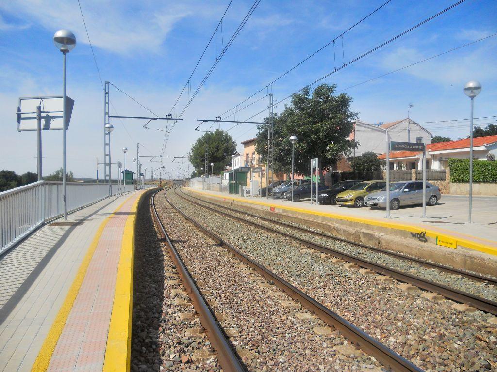 Línea Madrid-Guadalajara-Zaragoza-Tarragona-Barcelona (Ancho Nacional) - Página 2 DSCN5876_zpsaaa131d7