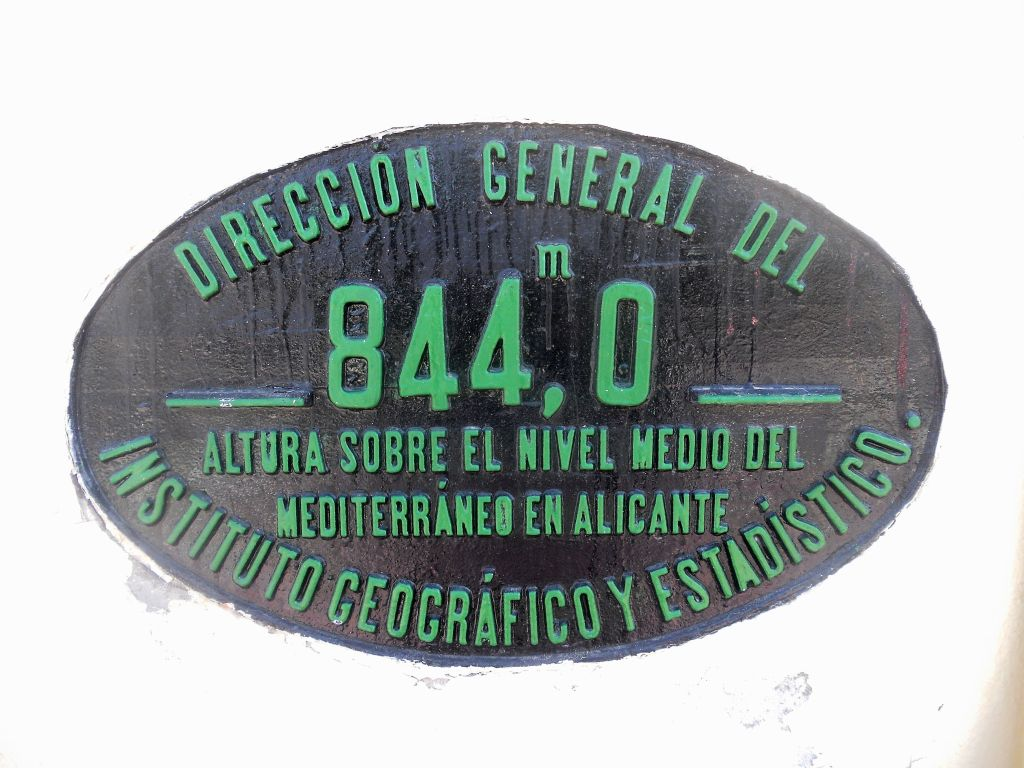 Línea Madrid-Guadalajara-Zaragoza-Tarragona-Barcelona (Ancho Nacional) - Página 2 DSCN5881_zps4ab505d4