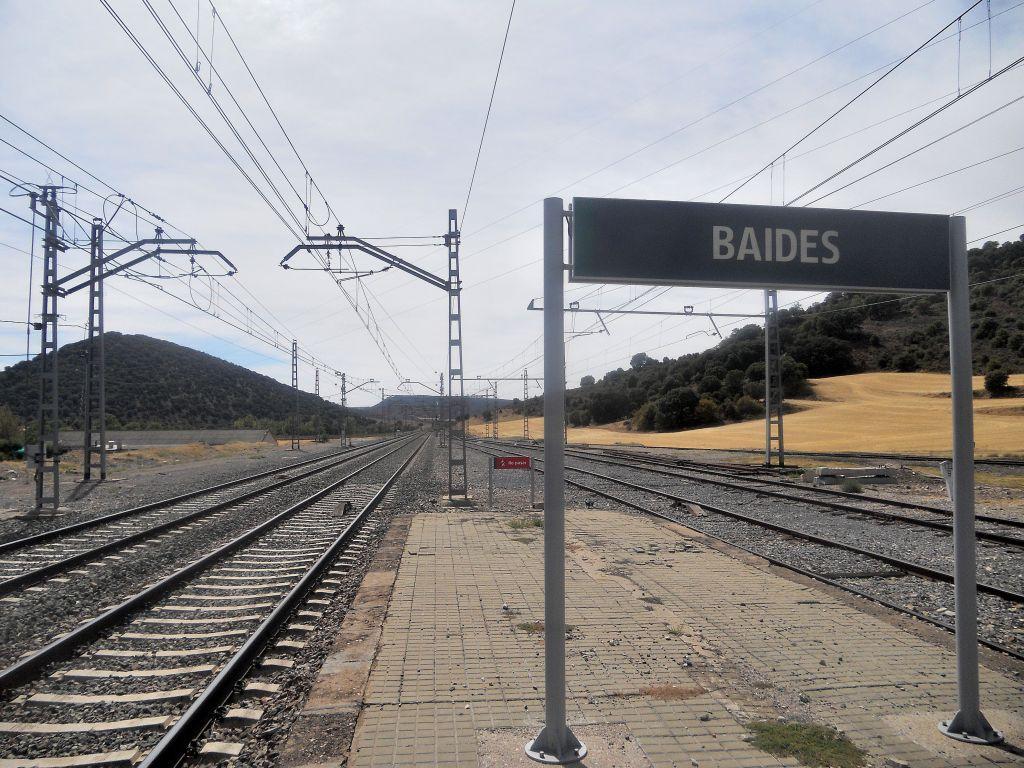 Línea Madrid-Guadalajara-Zaragoza-Tarragona-Barcelona (Ancho Nacional) - Página 2 DSCN5883_zps78acac7c
