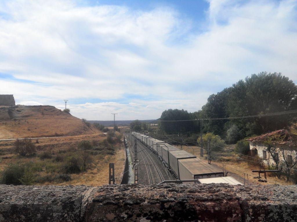 Línea Madrid-Guadalajara-Zaragoza-Tarragona-Barcelona (Ancho Nacional) - Página 2 DSCN5925
