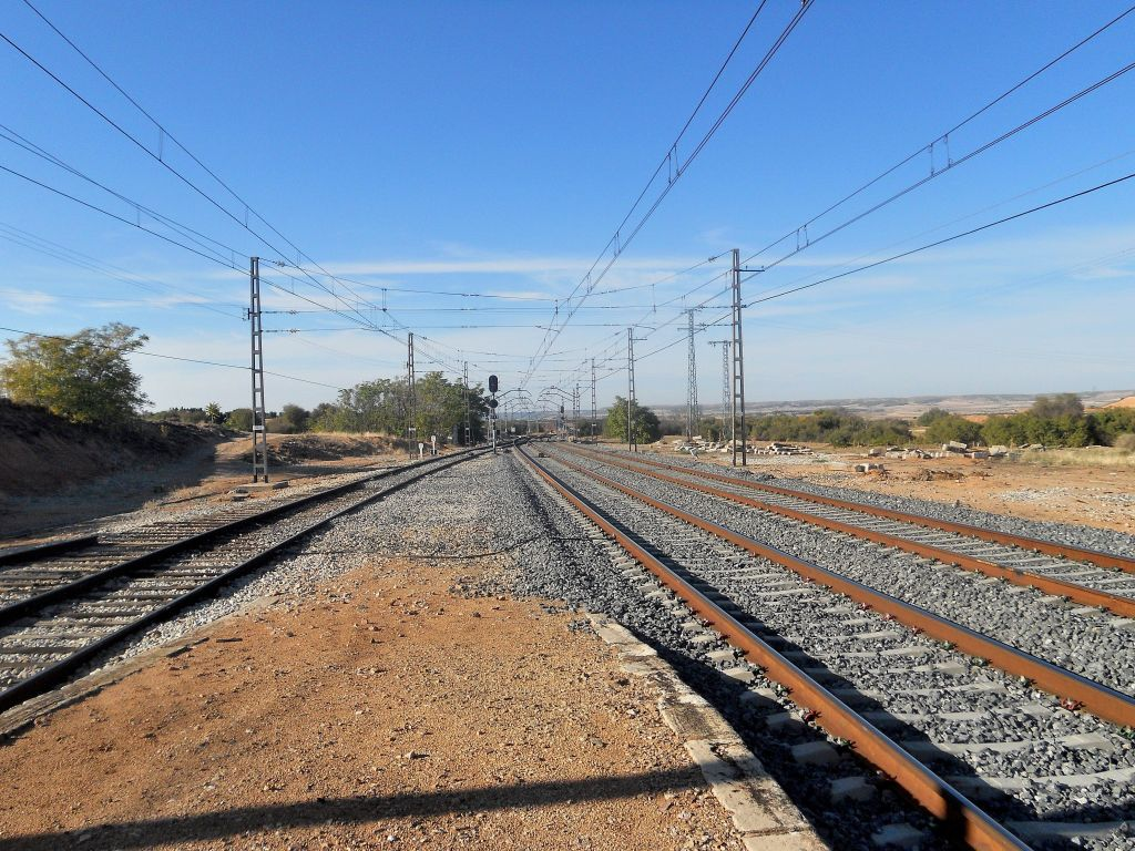 Línea Madrid-Alcázar de San Juan-Manzanares-Córdoba-Sevilla-Cádiz DSCN6165