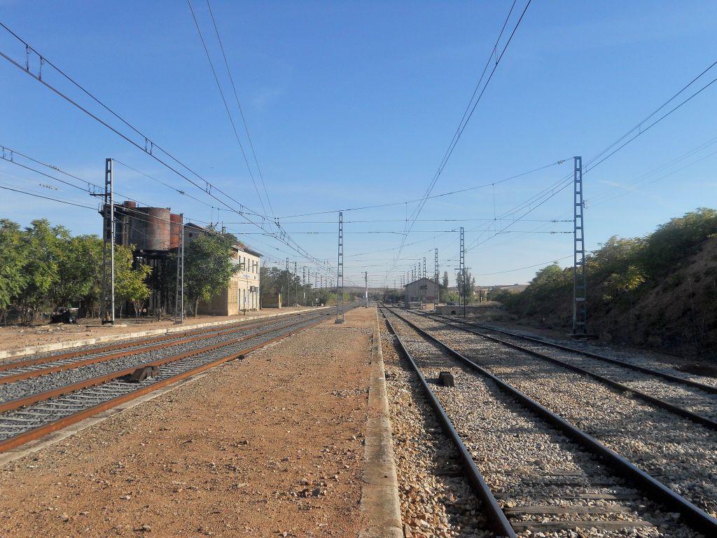 Línea Madrid-Alcázar de San Juan-Manzanares-Córdoba-Sevilla-Cádiz DSCN6166