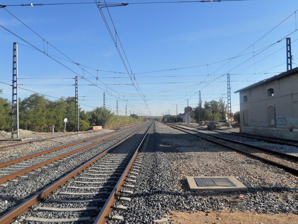 Línea Madrid-Alcázar de San Juan-Manzanares-Córdoba-Sevilla-Cádiz DSCN6168
