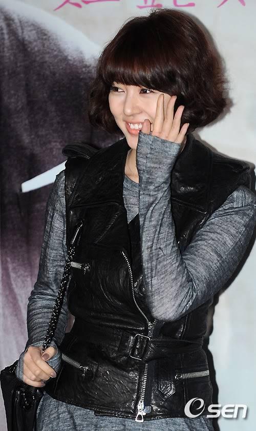 Yun Eun Hye 201011242036772375_1