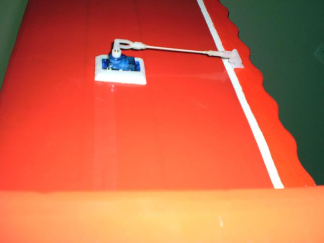 [Construção] Ugly Stick 120 cm Linkagem_aileron_zps04d7b054
