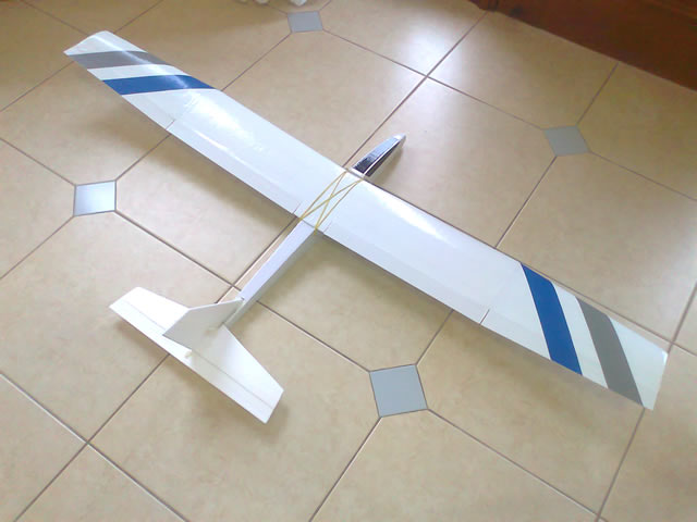 Construção - Planador Mini Spirit 1.60m Spirit_geral_01_zps28c6c718