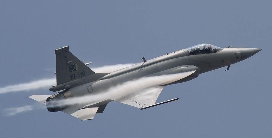 اقتناء الجزائر صائدات غواصات و انظمة دفاع جوي و مفاوضات جارية لشراء مقاتلات جديدة Screenshot-15_05_201116_35_32