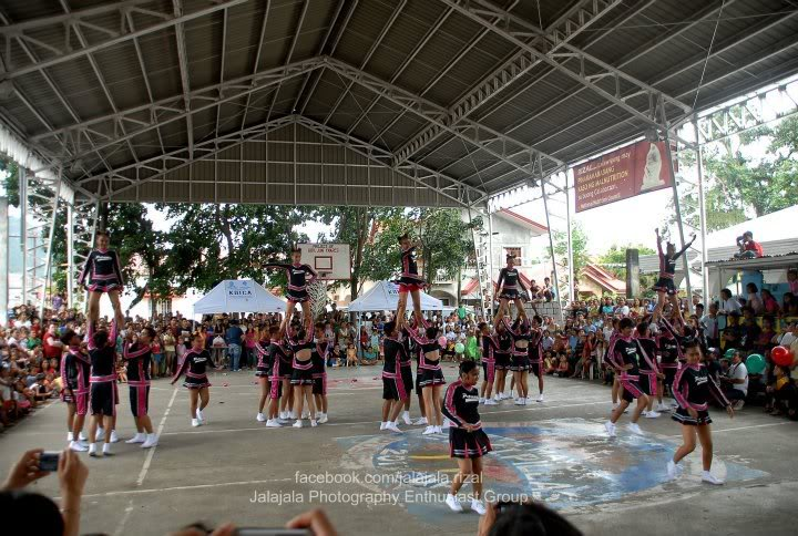Cheering competition. Cheering4
