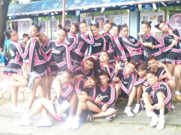 Cheering competition. Cheering5