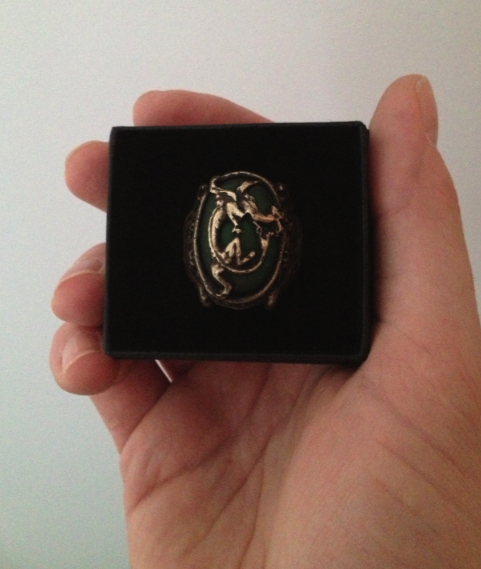 Capt. Cristian's Dragon Ring! Oh my... Box_zps45fd9388