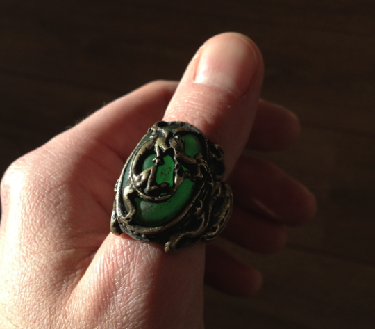 Capt. Cristian's Dragon Ring! Oh my... Light_zps8ddae89c