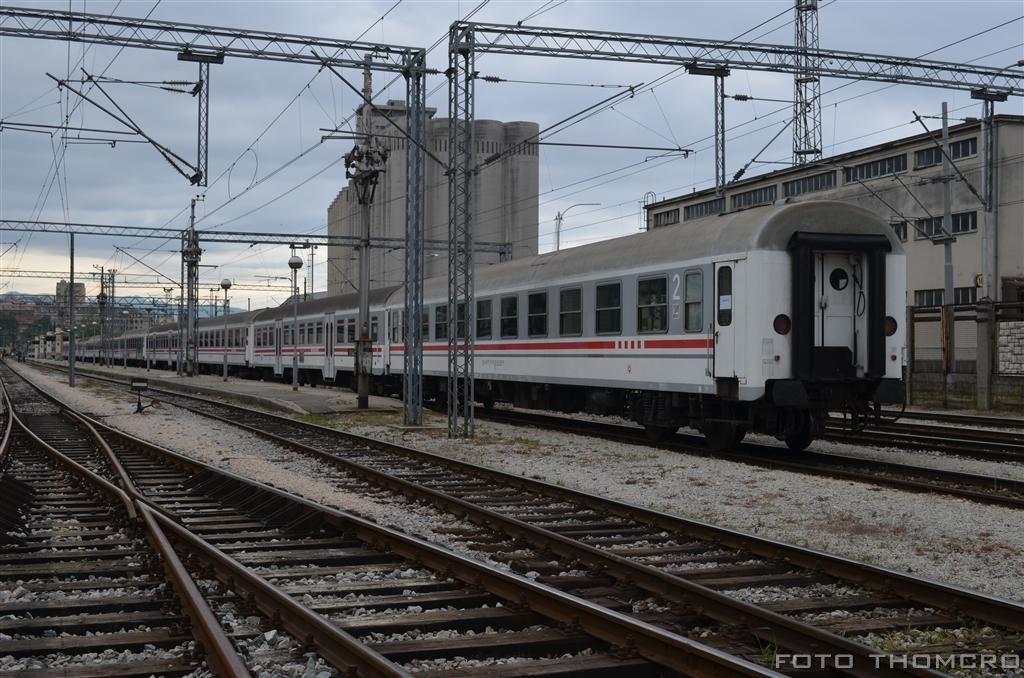 Navijački vlakovi - Page 2 DSC_7682_zps7d23ea81