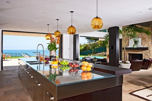 Hogar Grace - Preston (Presentación) Luxury-mansion-for-sale-in-malibu-2-12_zpsb211a5e5
