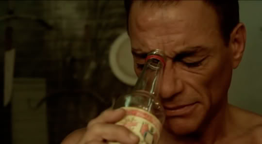 Jean-Claude Van Damme - Página 2 6bullets-1
