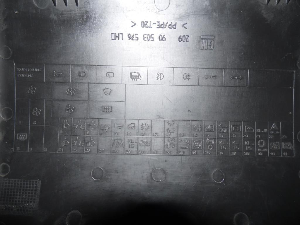 Fusibles Lado conductor SAM_1795_zpsf1a97a68
