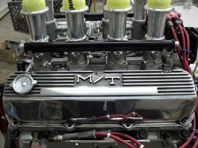 Educate me on this style of intake ValveCovers003