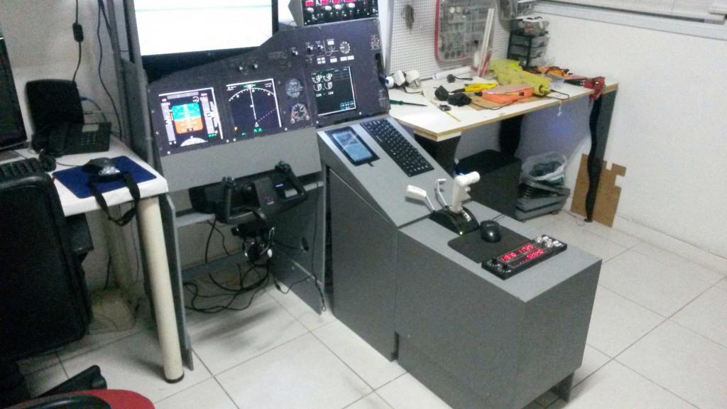 Cockpit caseiro simplificado Boeing 737-800 2014-06-26-000104web1_zps9391cffd
