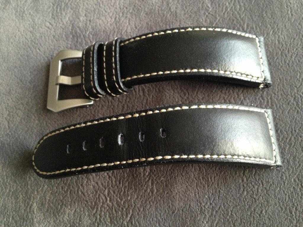 [VENDU]Bracelet ABP veau noir caoutchouté 100 EUR File_zps1e241960