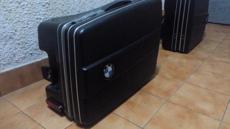 Vendo maletas y soportes VENDIDO IMG_20141023_215111_zpsac5ecefe