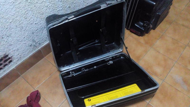 Vendo maletas y soportes VENDIDO IMG_20141023_215219_zps8e900b50