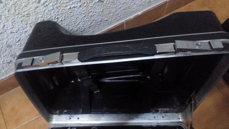 Vendo maletas y soportes VENDIDO IMG_20141023_215226_zpsdea02fae