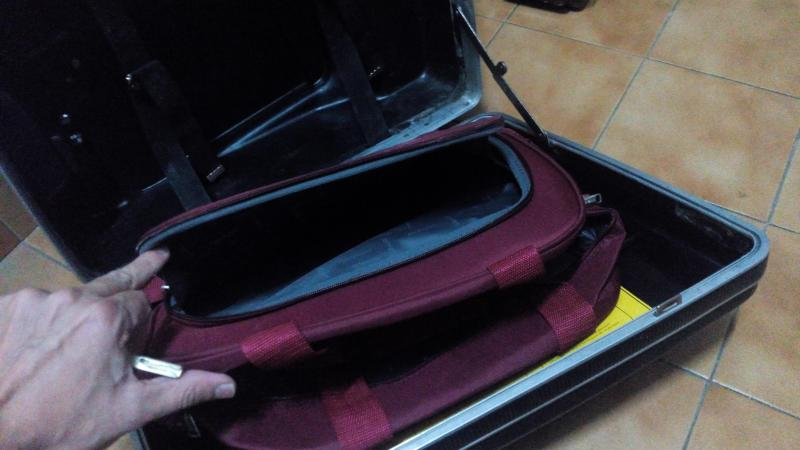 Vendo maletas y soportes VENDIDO IMG_20141023_215242_zps4e964ae9