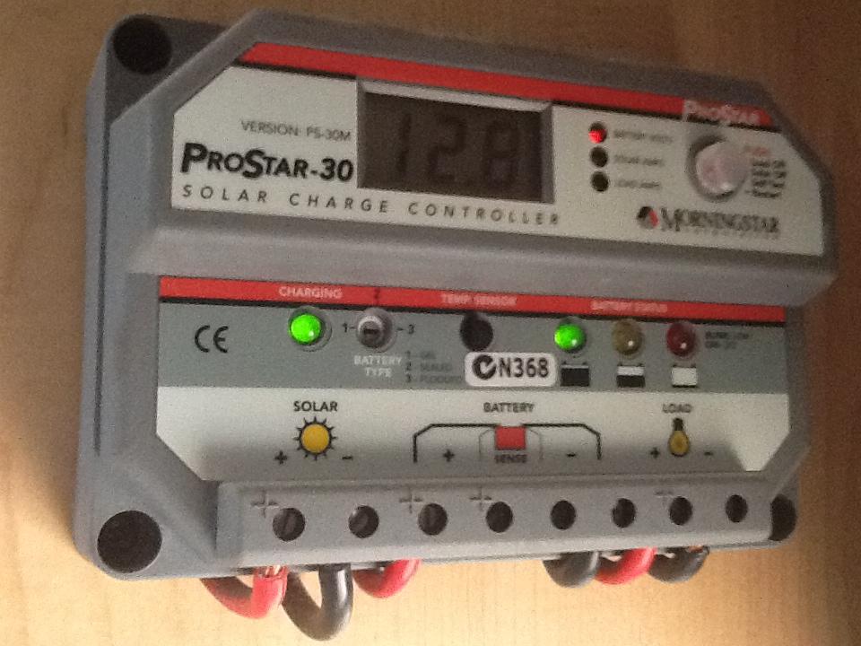 Solar regulator for AGM batteries 6ba70173cbda4986b4ebf117b04a8061_zps8e857f2b