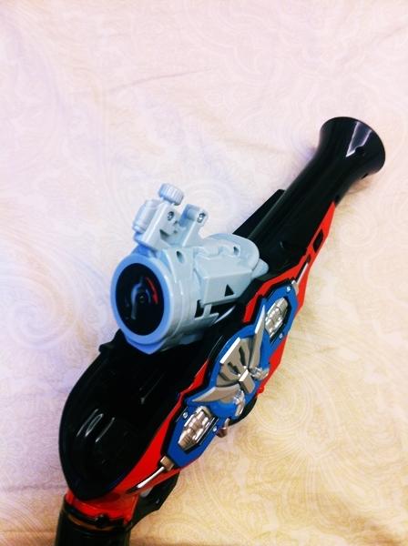 Review DX Gokai Gun (Kaizoku Sentai Gokaiger) IMG_0035