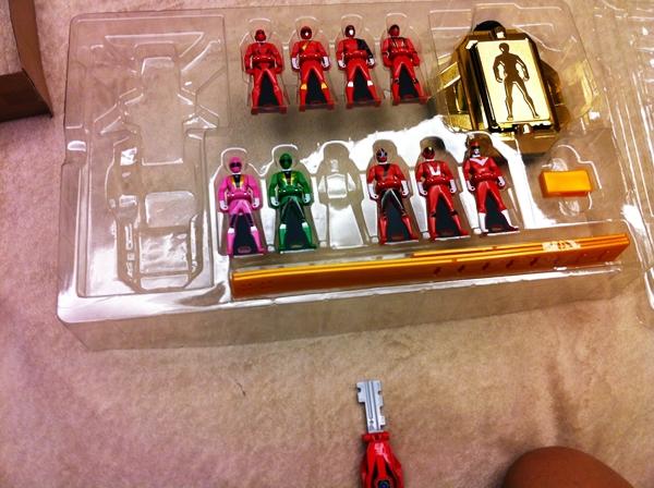 Show hàng Mobirates DX Set (Kaizoku Sentai Gokaiger). IMG_1114