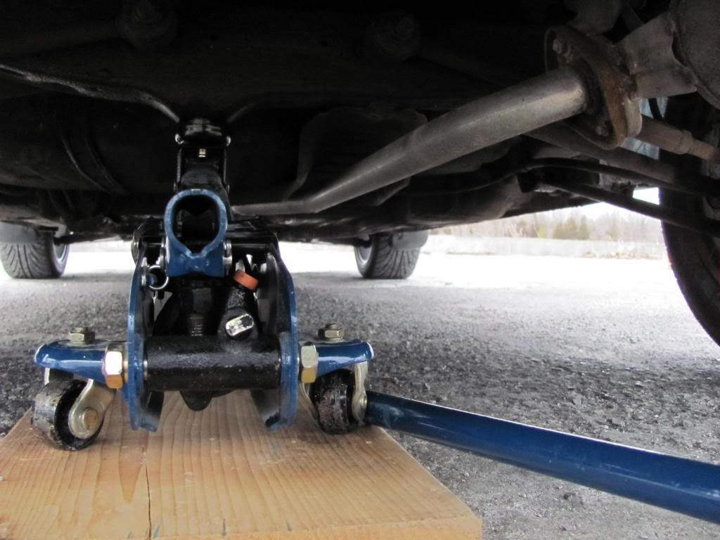 How to Jack up an AE101 and place Axle Stands IMG_6056_zps24a804ac