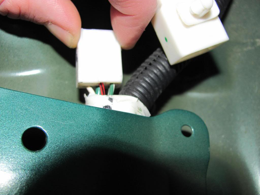 Tail Light Wiring Pictures and Diagram IMG_6130_zps20792b01