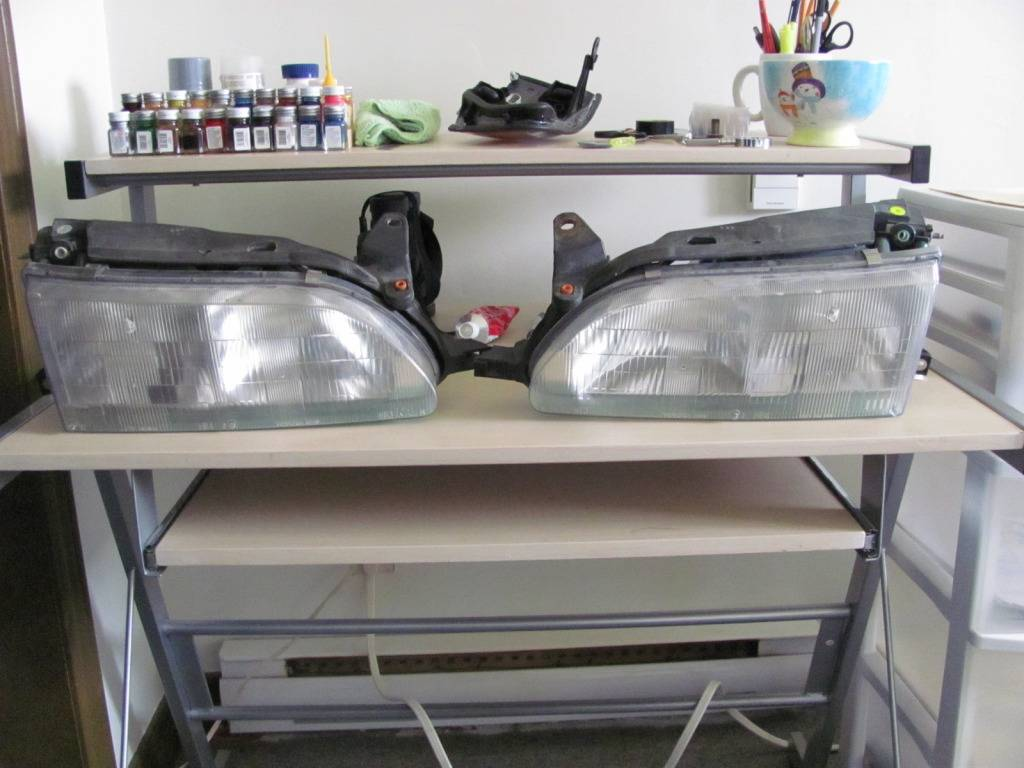 1/4 JDM OEM Headlights??? IMG_2257