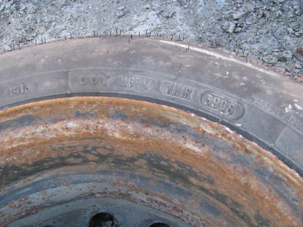 DIY: OEM Wheel Restoration (tires mounted), plus Hubcaps and Lugs -pic heavy IMG_4372