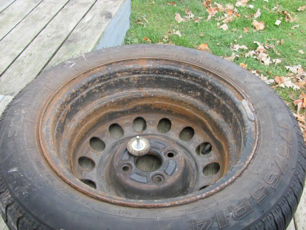 DIY: OEM Wheel Restoration (tires mounted), plus Hubcaps and Lugs -pic heavy IMG_4392
