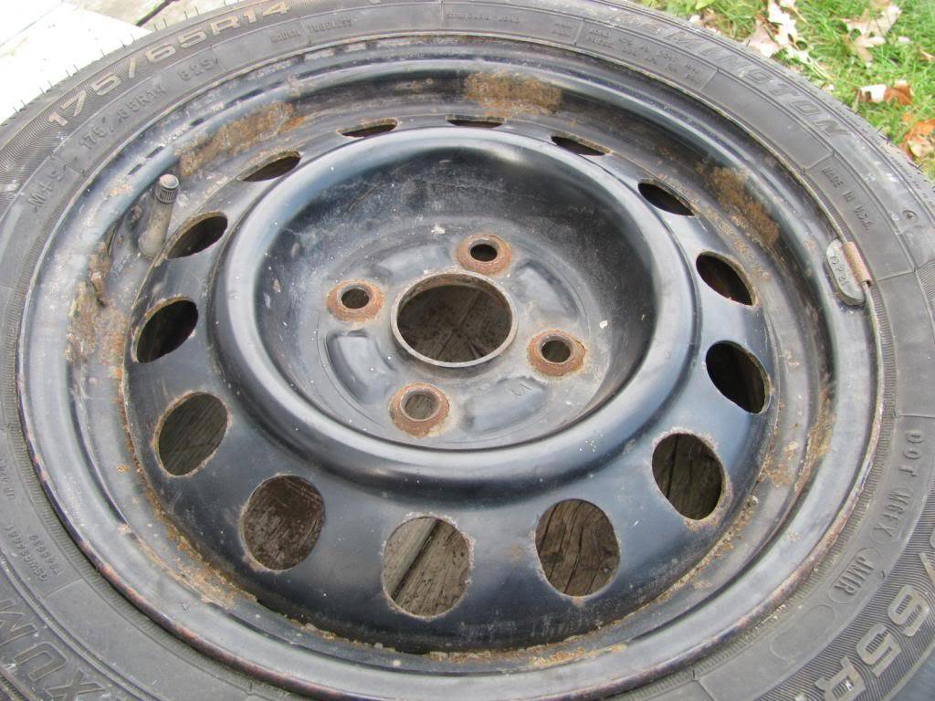 DIY: OEM Wheel Restoration (tires mounted), plus Hubcaps and Lugs -pic heavy IMG_4397