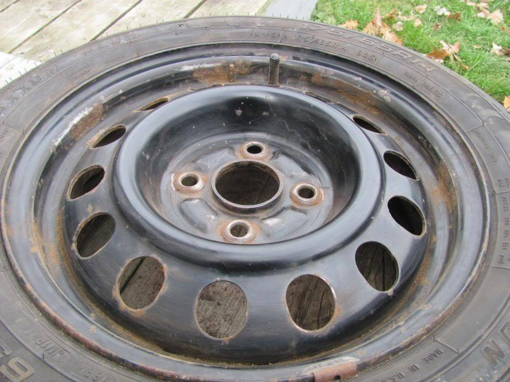DIY: OEM Wheel Restoration (tires mounted), plus Hubcaps and Lugs -pic heavy IMG_4398