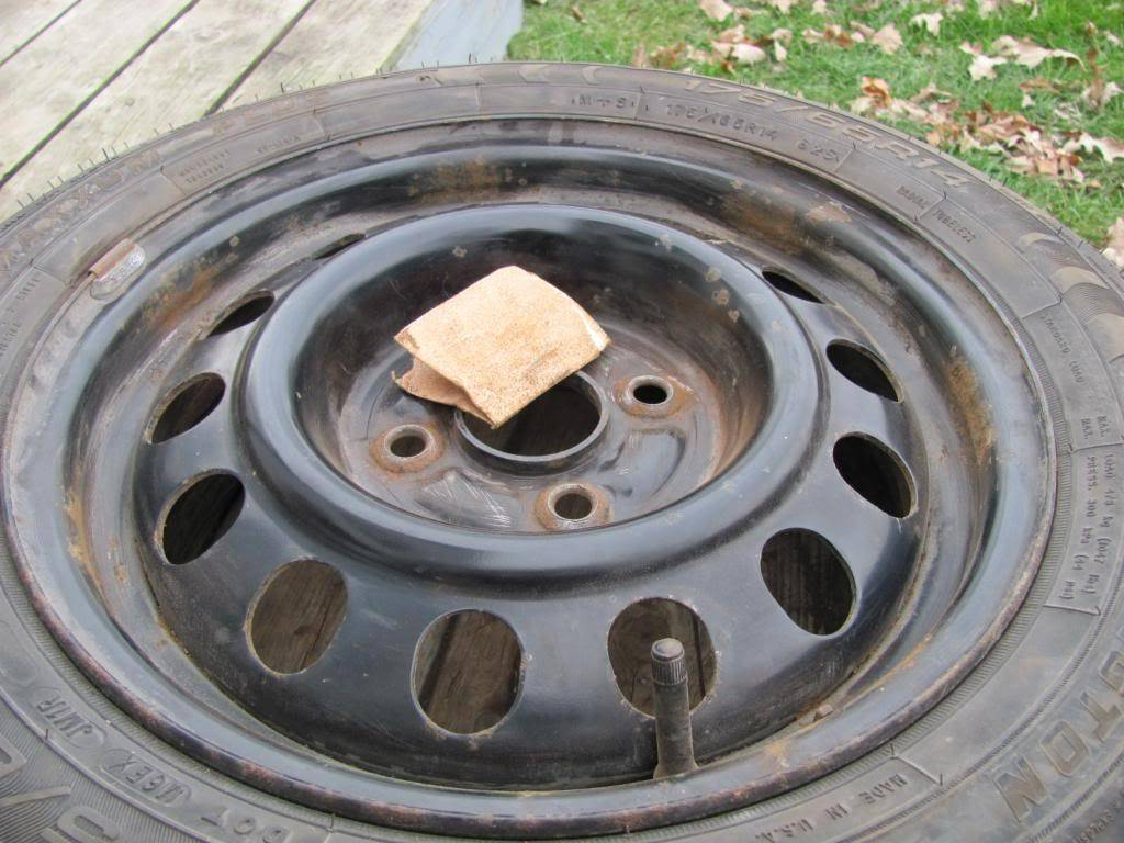 DIY: OEM Wheel Restoration (tires mounted), plus Hubcaps and Lugs -pic heavy IMG_4425