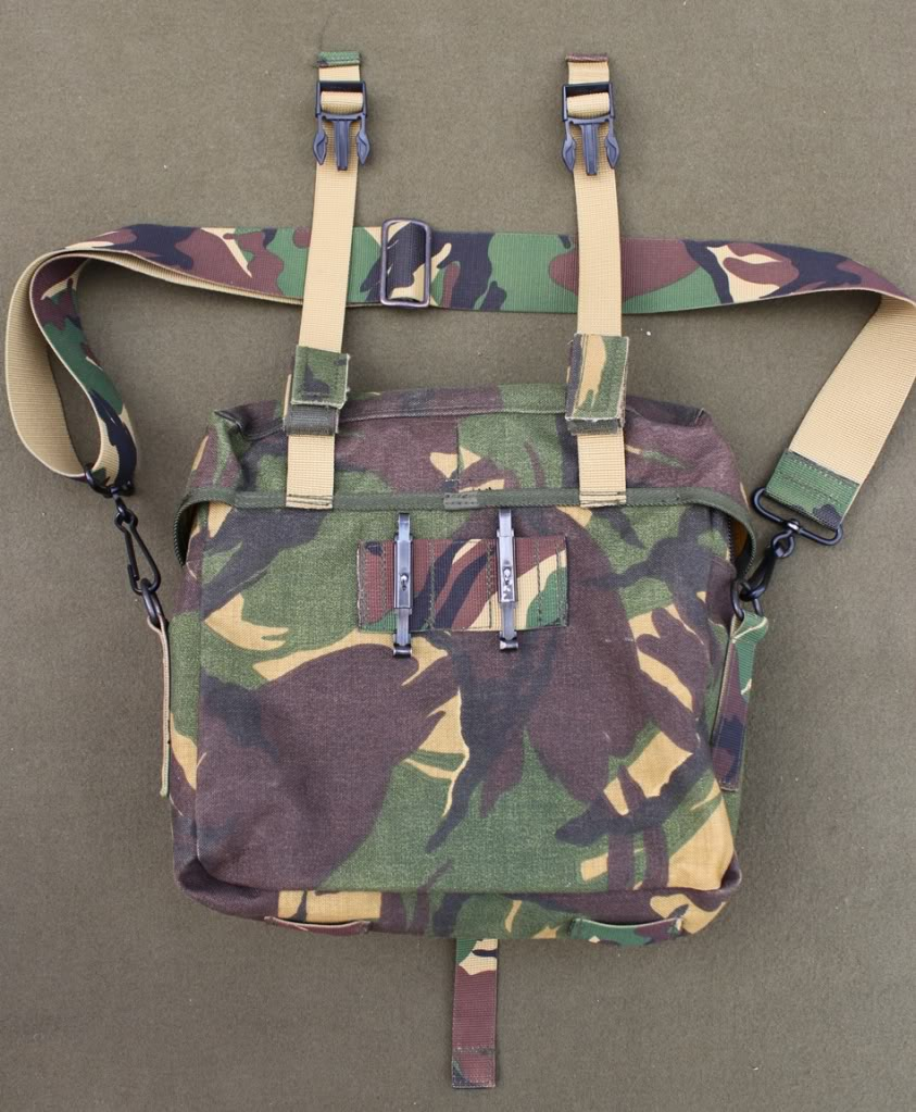 Dutch DPM Medic Satchel DutchMedicBag02