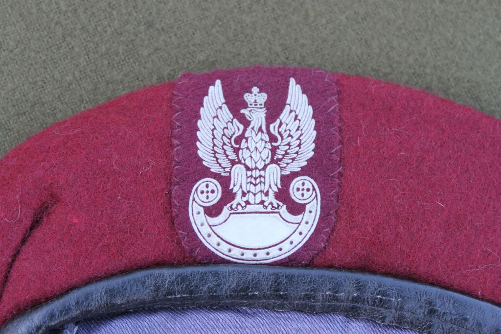 Couple of berets and other bits Polishberet02-1