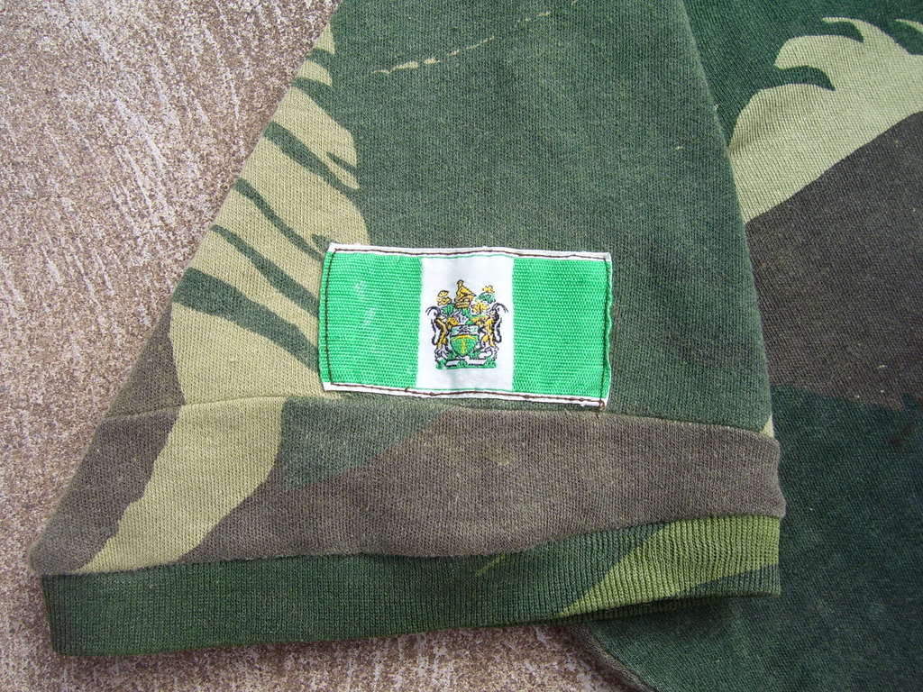 Rhodesian militaria - some items 100_3913