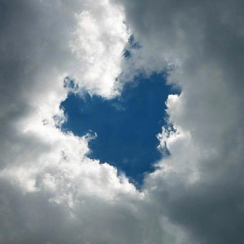 ♥ وإذا يعــــني تضــآآيقنـآآ...!! Love_cloud