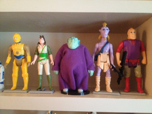 some of my foreign figures, UPDATED 9-27 Droids