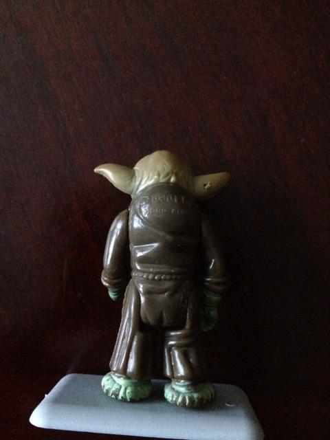 Yoda leatherhead poch  Ylh3